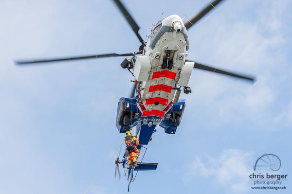 hurtigruten-nordkapp-helicopter-rescue-chris-berger-photo-4023