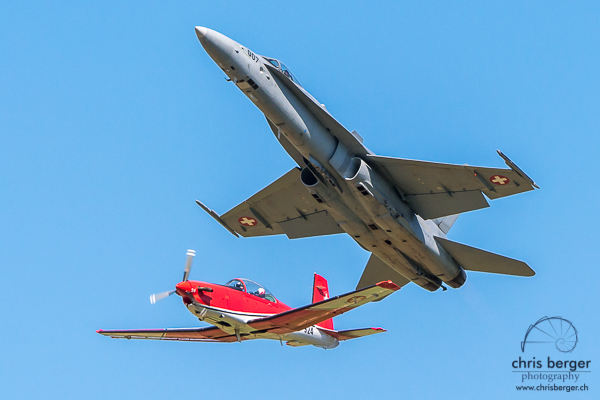 2015-schmerlat-segelfluggruppe-schaffhausen-jubilaeum-pc-7-team-swiss-hornet-display-chris-berger-photography-blog-4