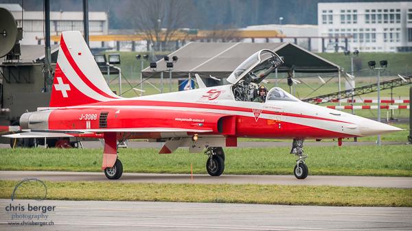 20150118-patrouille-suisse-lauberhorn-wengen-emmen-179-chris-berger-photography-blog