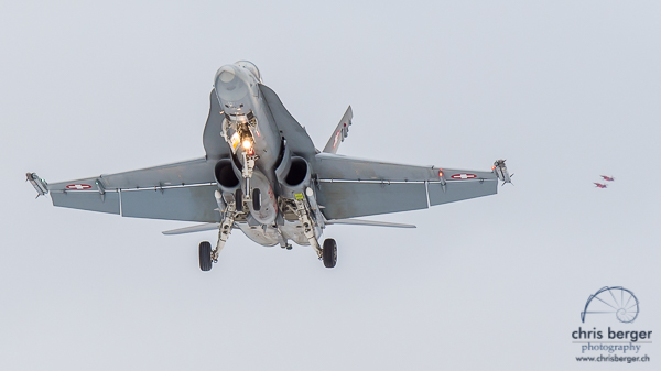 20150124-flugbetrieb-meiringen-unterbach-wef-davos-jet-hornet-tiger-415-chris-berger-photography-blog