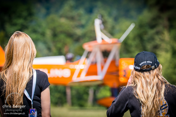 20150821-dittinger-flugtage-dittingen-swiss-hornet-display-team-breitling-wingwalkers-18-chris-berger-photography-blog