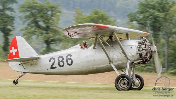 20150821-dittinger-flugtage-dittingen-swiss-hornet-display-team-breitling-wingwalkers-232-chris-berger-photography-blog