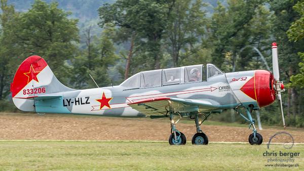 20150821-dittinger-flugtage-dittingen-swiss-hornet-display-team-breitling-wingwalkers-265-chris-berger-photography-blog