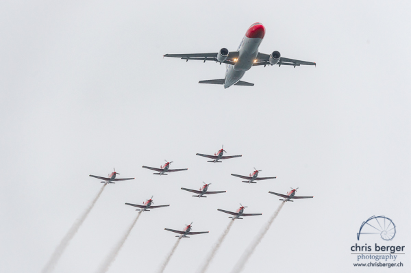 20160701-zueri-faescht-zuerich-fest-flugprogramm-pc-7-team-edelweiss-a-320-super-puma-display-team-patrulla-aspa-breitling-super-costellation-edelweiss-a320-455-chris-berger-photography-blog