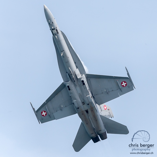 20160708-fa-18-swiss-hornet-hornet-display-team-wake-and-jam-murten-108-chris-berger-photography-blog