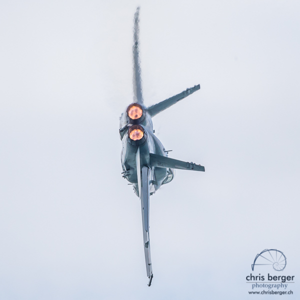 20160708-fa-18-swiss-hornet-hornet-display-team-wake-and-jam-murten-223-chris-berger-photography-blog