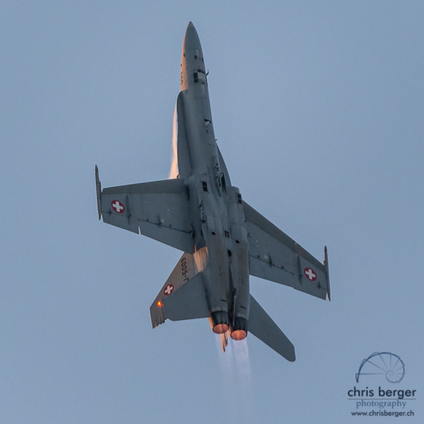 20160708-fa-18-swiss-hornet-hornet-display-team-wake-and-jam-murten-727-chris-berger-photography-blog
