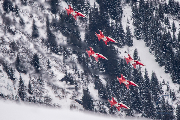 20170112-patrouille-suisse-swiss-cs-100-c-series-lauberhorn-wengen-lauberhornrennen-36-chris-berger-photography-blog