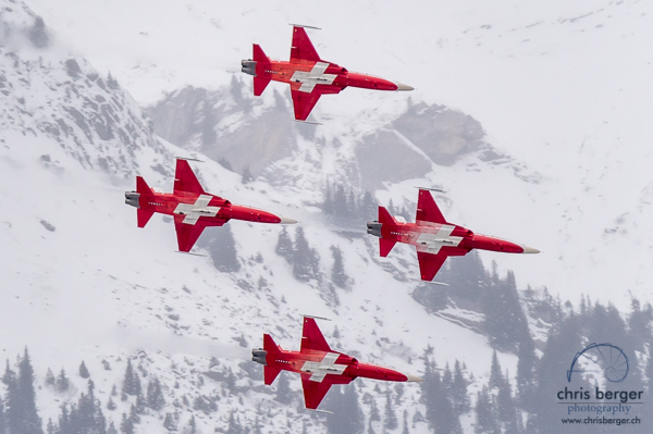 20170112-patrouille-suisse-swiss-cs-100-c-series-lauberhorn-wengen-lauberhornrennen-64-chris-berger-photography-blog