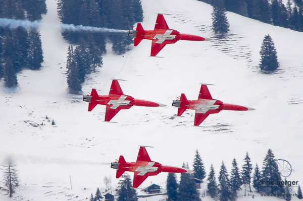 20170112-patrouille-suisse-swiss-cs-100-c-series-lauberhorn-wengen-lauberhornrennen-66-chris-berger-photography-blog
